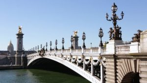 สะพานอเล็กซานเดอร์ที่ 3 (Pont Alexandre III)