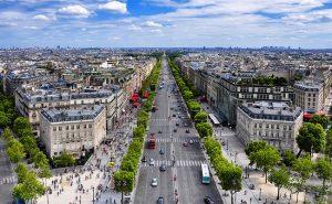 ถนนฌ็องเซลิเซ่ (Champs Elysees) ความรื่นรมย์ในกรุงปารีส