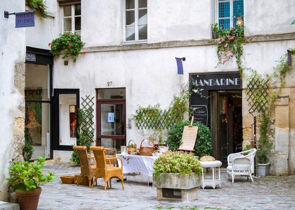 นั่งชิวปารีส เมืองเก่าแห่งปารีส ย่านเลอ มาเรส์(Le Marais)